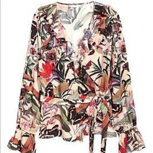 H&M Ruffle Front Floral Print Wrap Top size 12